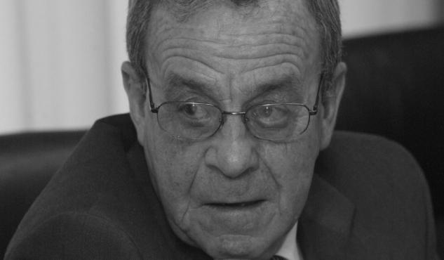 Fallece el exalcalde de Castro de Rei y exdiputado provincial Arturo Pereiro